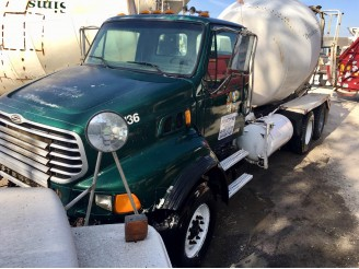 2007 STERLING LT9500 CONCRETE MIXER TRUCK