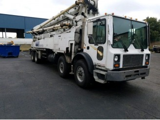 1998 MACK MR600 CONCRETE PUMP TRUCK